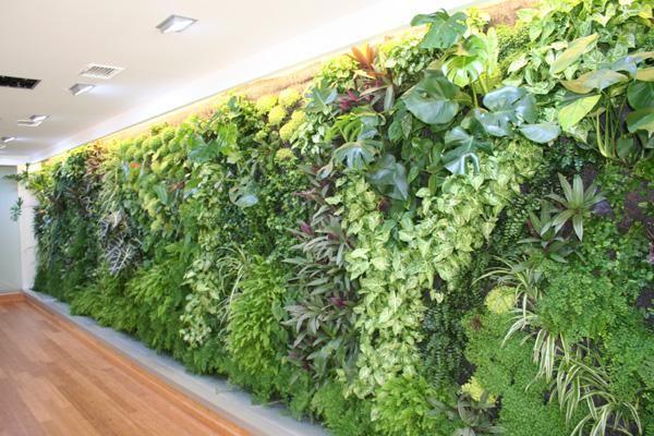 los jardines verticales de interiores se hacen con bolsas