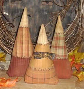 Candy corn: Halloween Decor, Color Candy, Primitives Halloween Crafts, Candy Corn, Halloween Candy, Cute Ideas, Primitives Fall, Halloween Primitives Crafts, Primitives Candy