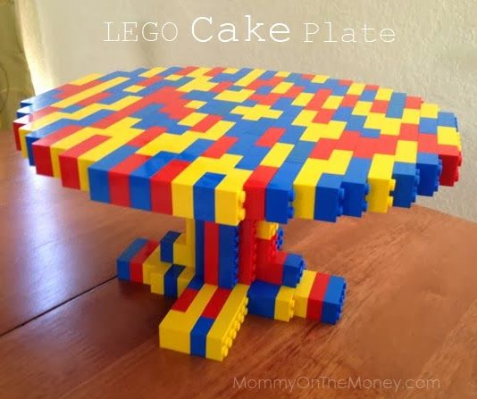 LEGO Cake Plate for Kid's Birthday Party!