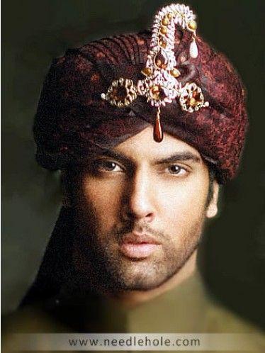 Pakistani wedding turban and groom turbans. Mens turban for wedding in maroon color, designer wedding sehra, menswear qulla and pagri made with jamawar by amir adnan