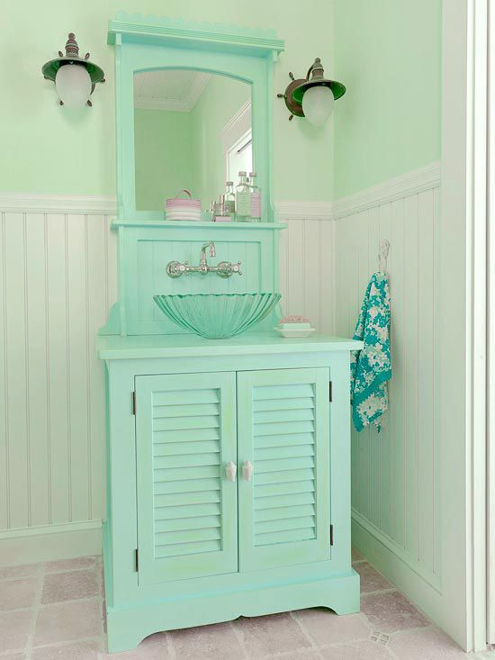 gaby i found your bathroom, this is getting a little excessiveCottages Style, Powder Room, Mint Green, Beach Cottages, Beach Houses, Beach Bathroom, Colors, Sinks, Beachhouse