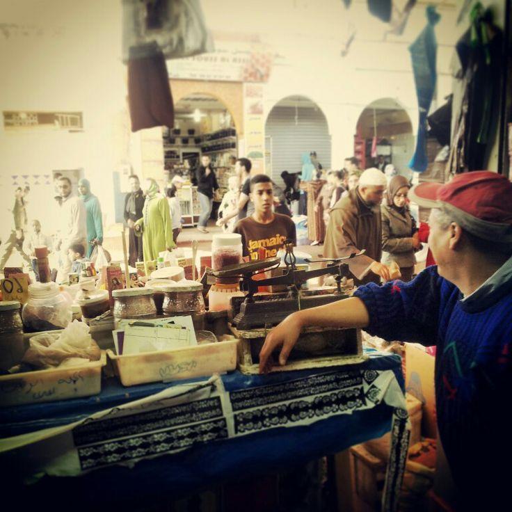 #Agadir, #Maroko, #Marocco, #souk, #souq, #al-sooq, open-air #marketplace, #seller, #instagram, #photography