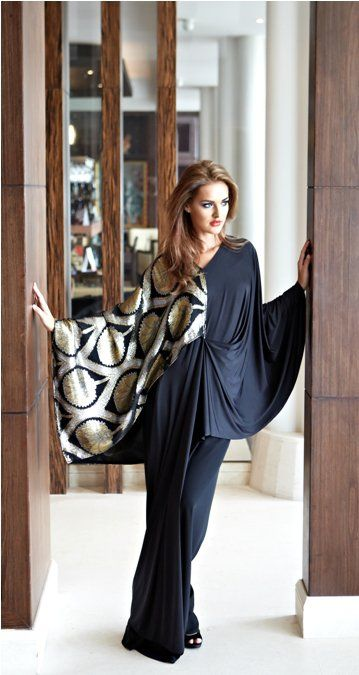How To Live Like an Omani Princess: More Abayas I am Liking for late 2010