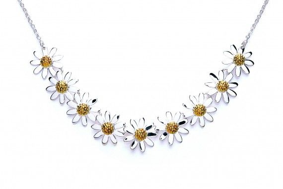 Ladies Daisy jewellery range at penman Clockcarehttp://www.watchandjewellery.co.uk/ladies-jewellery/daisy-necklace/vintage-daisy-chain-10mm-necklace.html