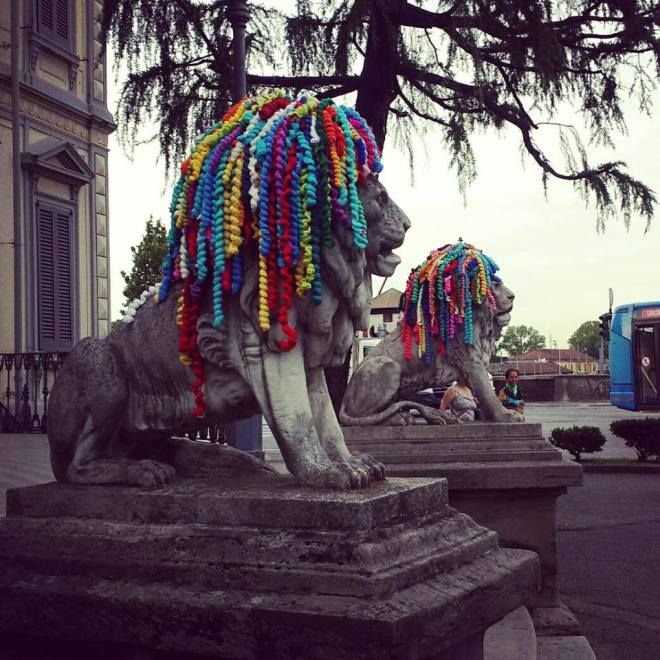 Dreadhead Lions Yarn Bomb Spotted in Monza, Italy – One Love!