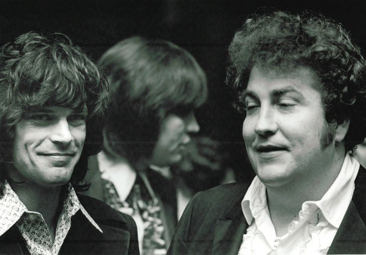 B.J. Thomas, Atlanta Rhythm Section's Robert Nix and longtime producer/songwriter Buddy Buie at an awards ceremony in the late 1960s.