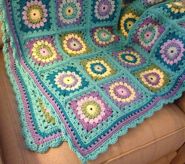 Crochet Quilt Squares : ... on Pinterest Granny square blanket, Square blanket and Crochet