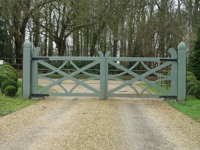 38 best driveway gates images on pinterest entry gates for Wooden driveway gates designs