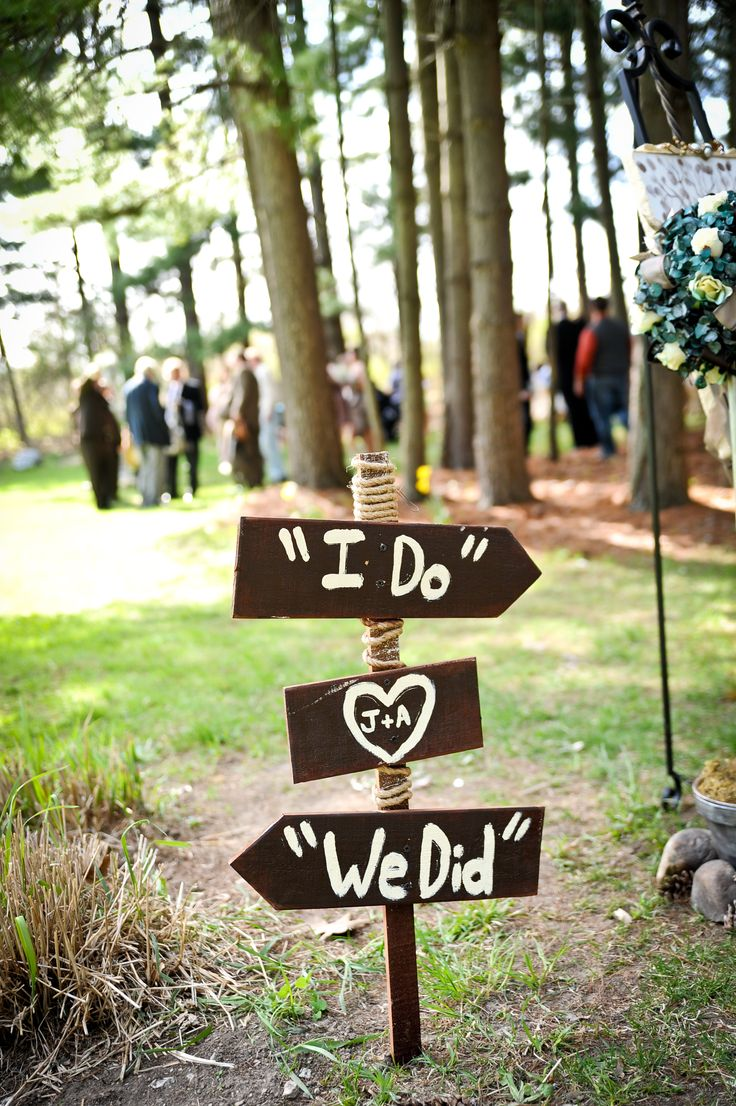 Sign pointing to the ceremony and reception. #rustic #wedding #DIY
