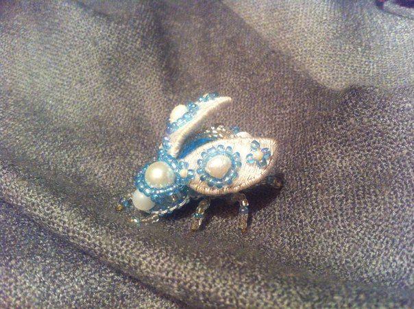 Beetle brooch, embroidery