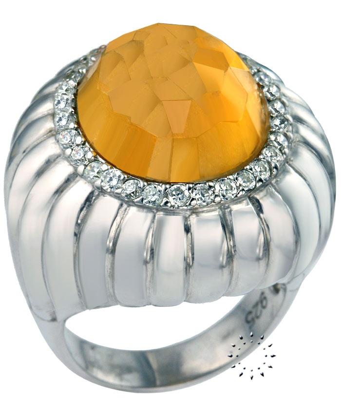 Δαχτυλίδι με Ζιρκόν της Oxette  Tιμή: 60€  http://www.kosmima.gr/product_info.php?products_id=13738