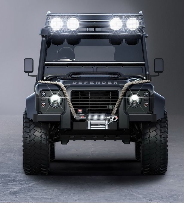 The villain Defender has an additional beefed up suspension and large, off-road 37-inch tyres to sign off the transformation.