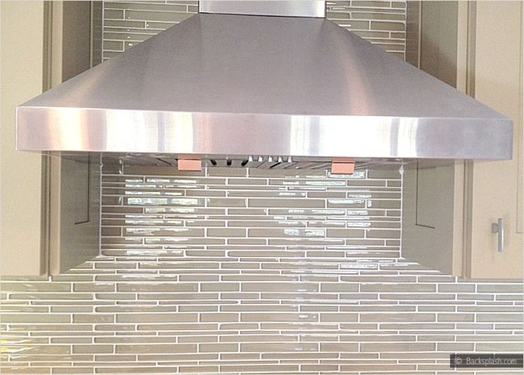Light Beige Color Glass Mosaic Tile For Kitchen And Bathroom Remodeling  Projects.