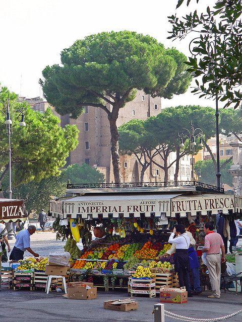 Fruit shop - Rome, Italy