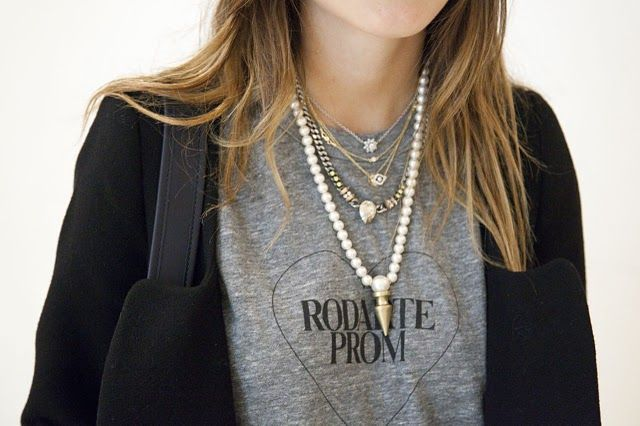 layering pearl+silver+gold necklaces for edgy look