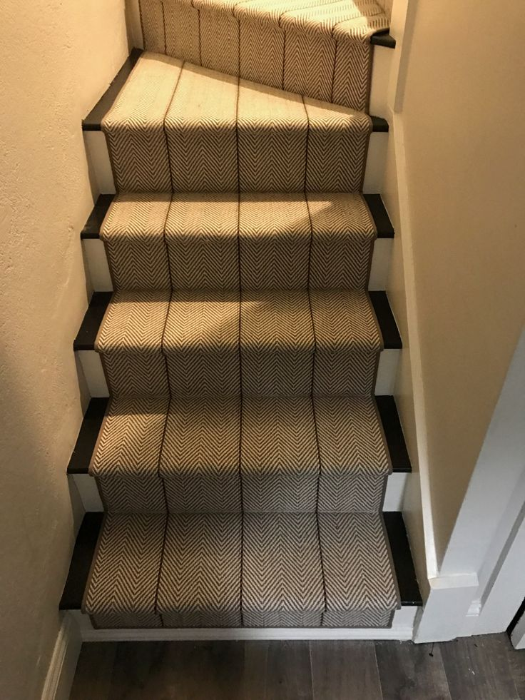 Best 25 Stair Runners Ideas On Pinterest Stair Rug