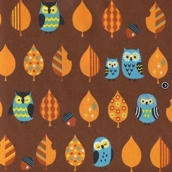 Erg mooi van kleur, uiltjes stof uit Japan http://www.troispetitspois.nl/geweven-katoen/170-canvas-uiltjes-bruin.html
