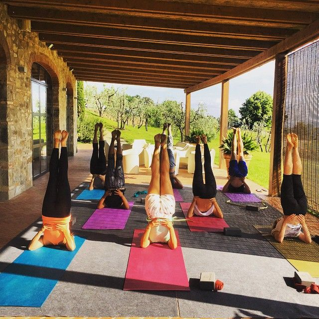 Beautiful students in beautiful surroundings. #tuscanfitness #tuscany #yoga #toscana #happiness