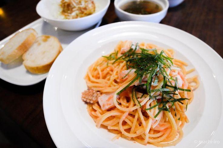 MISHOLANBAR susuMUCHOさんのランチメニューよりたらこスパゲッティです プチプチした食感とコクのあるソースが味わい深いです ドリンクも付きますよ#ランチ #スパゲッティ #たらこ #奄美大島 #写真 #マチイロ #machiiro #spaghetti