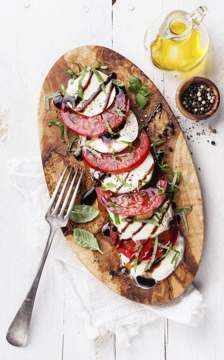 Mozzarella, basilicum, tomaat, balsamico