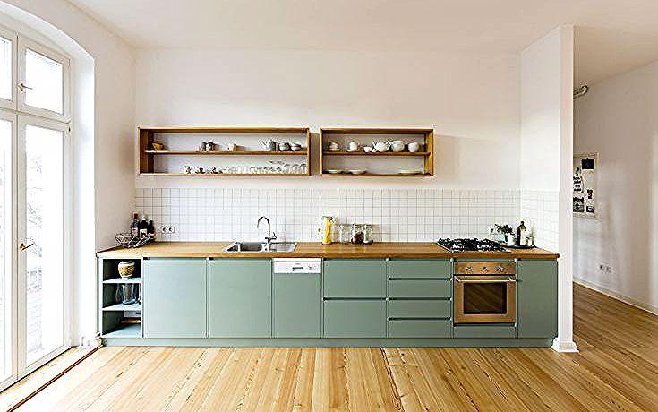 Des Meubles De Cuisine Vert D Eau Pour Une Nuance Douce Et Coloree Coloree Cuisine De Dea Simple Kitchen Design Green Kitchen Furniture Kitchen Interior