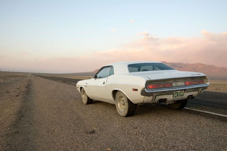 Barry Newman drives a 1970 Dodge Challenger cross country in Vanishing Point (1971)