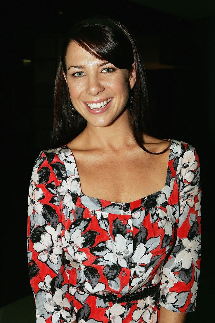 kate ritchie - 736×1104