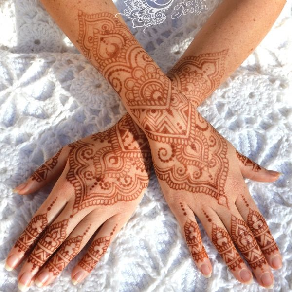 Brylie Winter Henna Stain