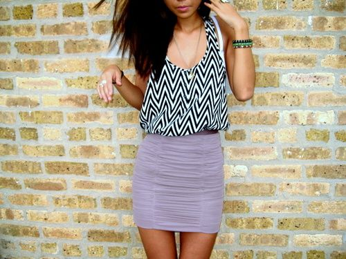 like the tight skirt and flowy shirt look