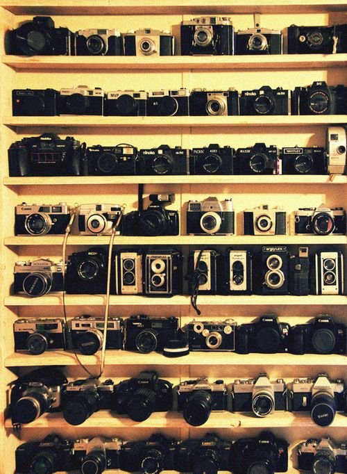 HEAVEN!Photos, White Photography, Vintage Cameras, Photography Style, Inspiration Pictures, Collection, Things, Black, Old Cameras
