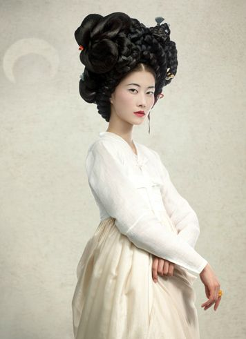 Hanbok, Korean traditional dress and hair style