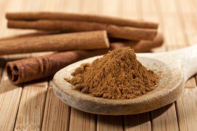 Voordelen en eigenschappen van kaneel: een van de oudste kruiden gebruikt in de keuken