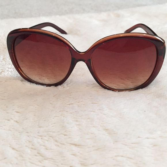 100% UV sunglasses brown sunglasses for everyday wear. No flaws. Accessories Sunglasses