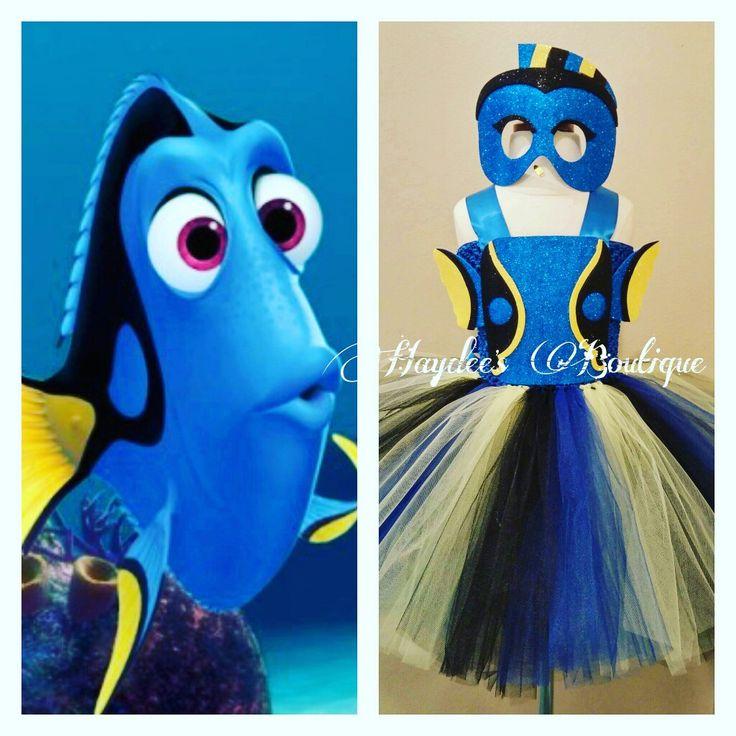 Iets meer werk, maar dan heb je een hele mooi Dory kostuum, blauwe top, en gemengde kleuren rok