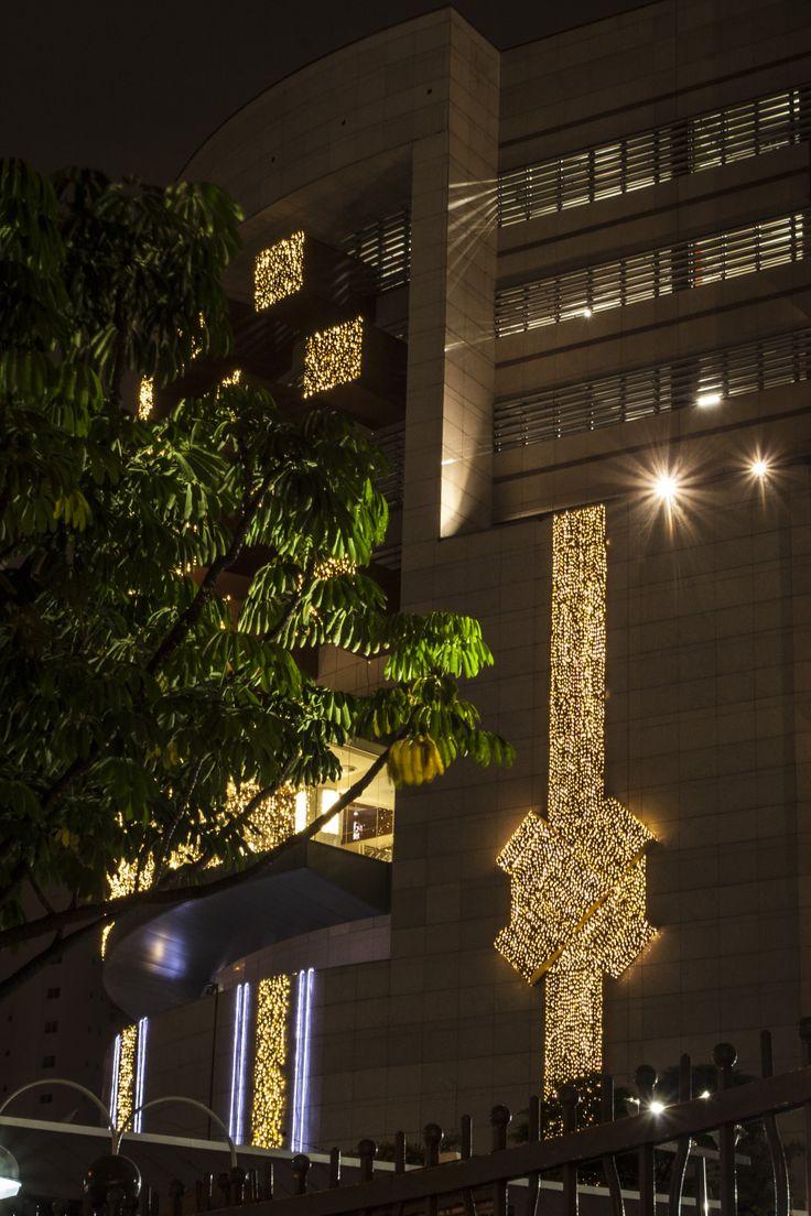 BRESIL - Sao Paulo - Bourbon - Illuminations 2013 by Blachère Illumination http://www.blachere-illumination.com