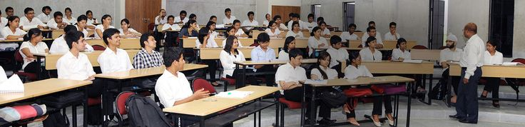 Are you looking for the best online courses and distance BCOM education from Academic Edge