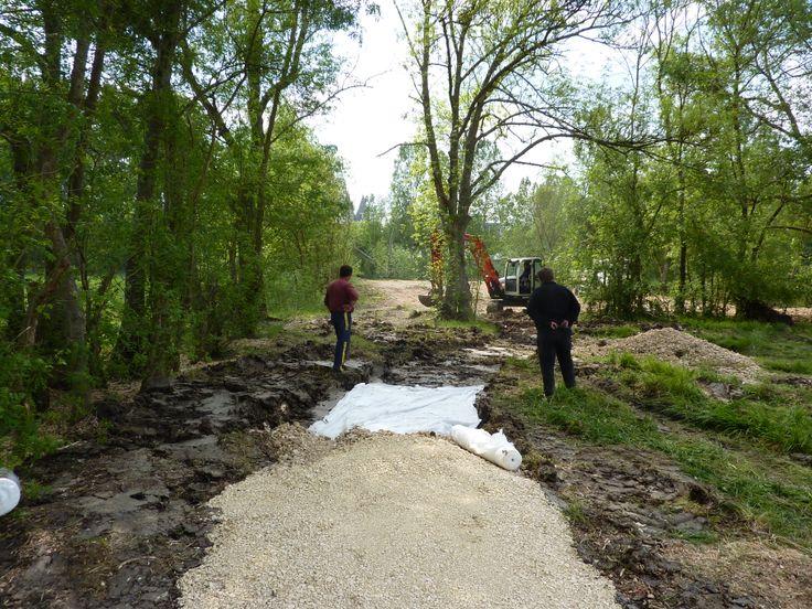 Construction d'un sentier piétonnier dans les Prairies du Roy