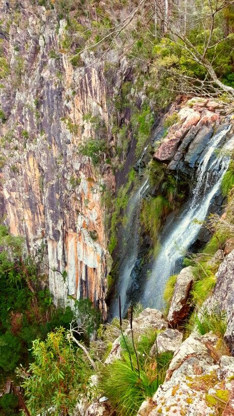 Hiking minyon falls waterfall