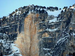 trekking de bernard: Beaucoup d'eau au pied du Granier et ailleurs auss...