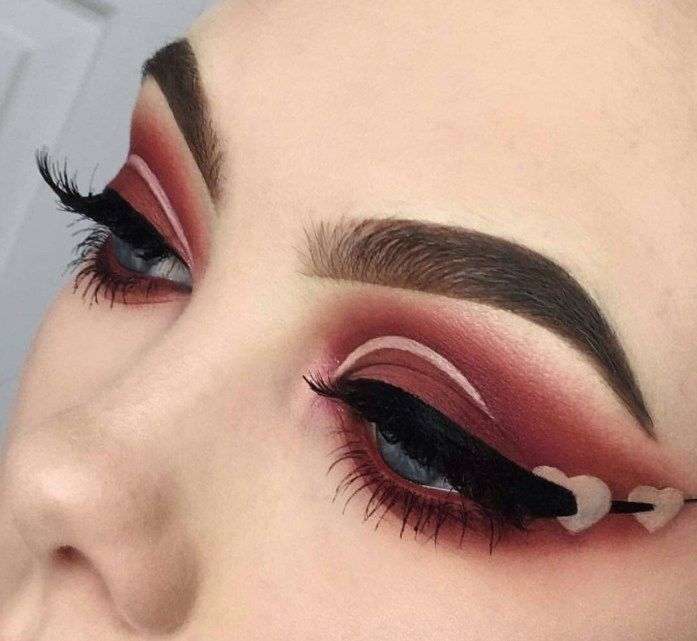 Valentines Day Makeup Look Ideas Eye Makeup Red Brown Matte