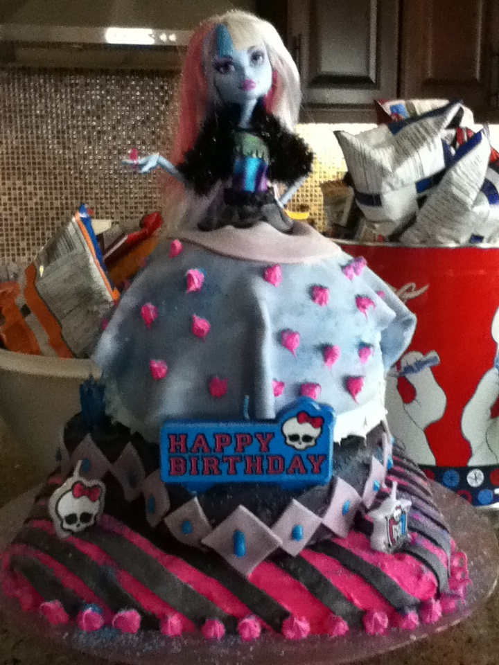 Cool Monster High Abbey Bominable Cake Natalie S