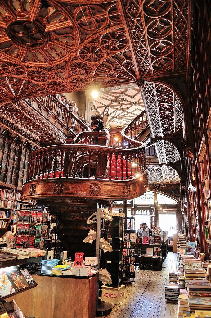 Livraria Lello & Irmão, Porto