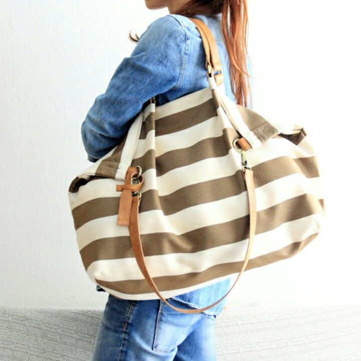 Weekender, the perfect size to take with you all you need for a great weekend! www.genuinemyself.com