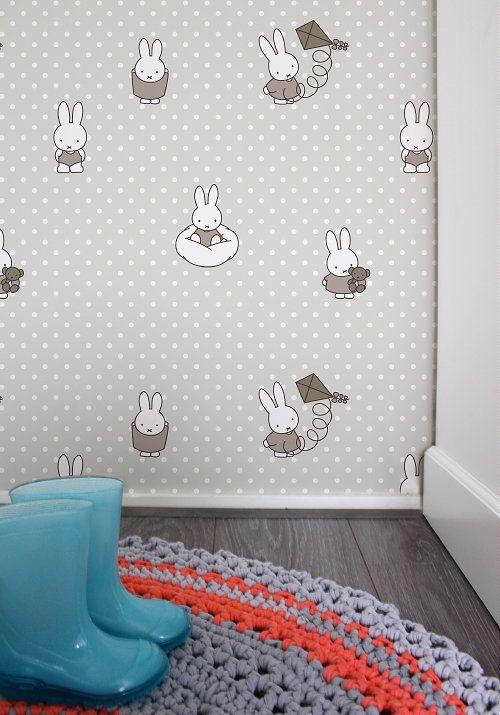 Lief Nijntje Behang! Nijntje Behang & Miffy Wallpaper, Design Graham & Brown voor de babykamer & Kinderkamer in Grijs & Taupe Kleur - MEER Behang ... (Foto Nijntje Behang, Graham & Brown  op DroomHome.nl)