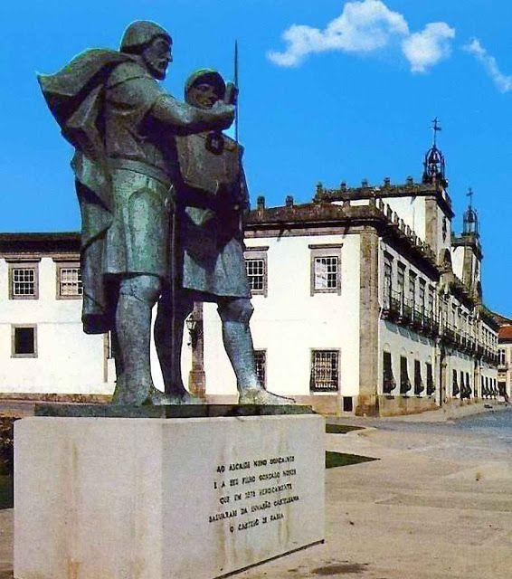 Monumento ao Alcaide de Faria Nuno Gonçalves e seu filho Gonçalo Nunes, Barcelos, Portugal.