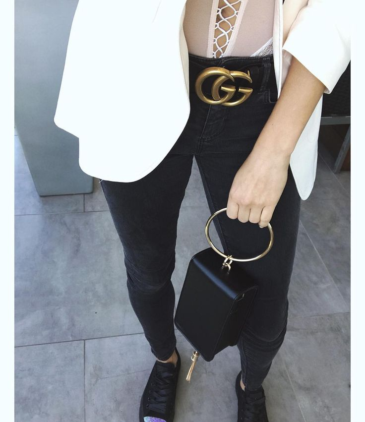 Stay chic Shop the bag via the link in bio.#kattiva