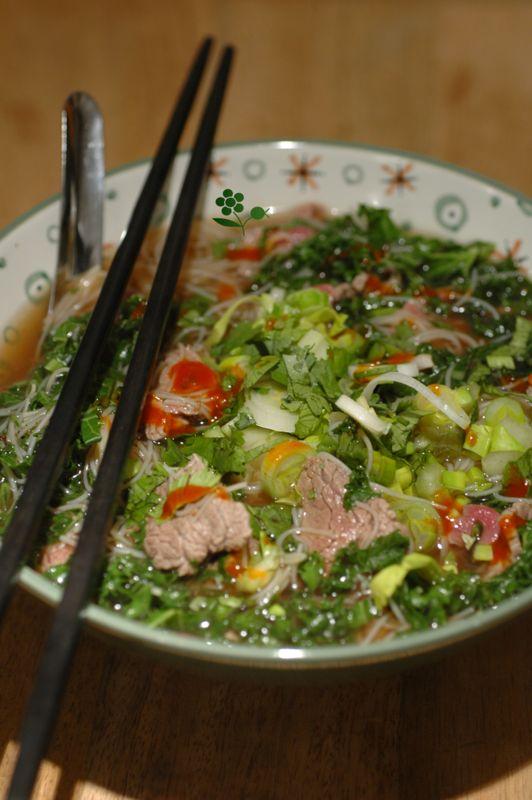 PHÕ, soupe vietnamienne, revisité, avec du chou kale