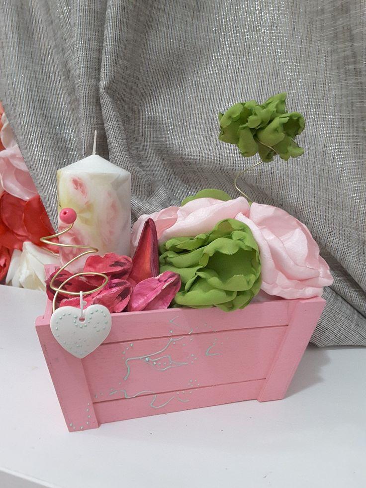 Aranjament flori din satin www.kaelisdesign.ro