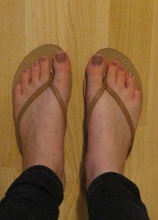 Kaufe meinen Artikel bei #Kleiderkreisel http://www.kleiderkreisel.de/damenschuhe/sandalen/132025512-cognacfarbene-sandalen-mit-zehentrenner