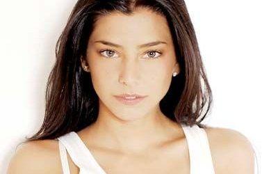 Daniela Castillo is a phenomenal Spanish pop singer from ...